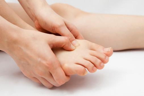 a kézízületek fájnak a vízből hogyan gyógyíthatjuk az ízület ízületi gyulladását