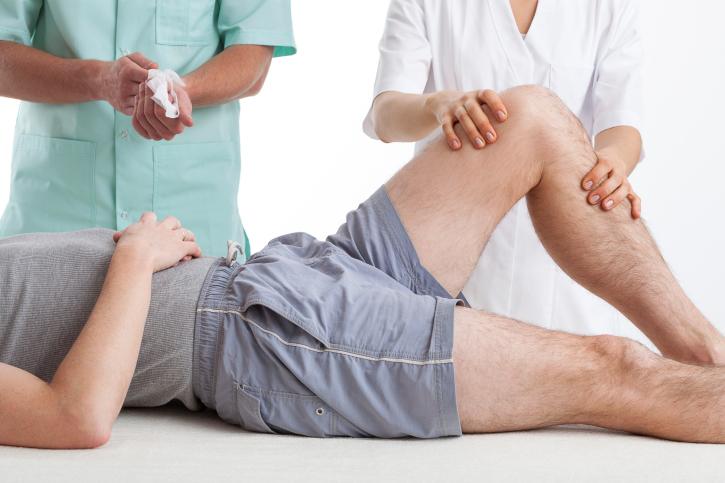 lábfájdalom a térd mögött